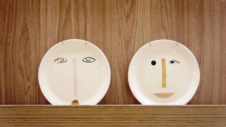 Pratos decorativos: Arte  por fpr Studio