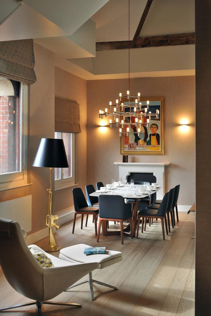 Dining Room :  Dining room by TG Studio