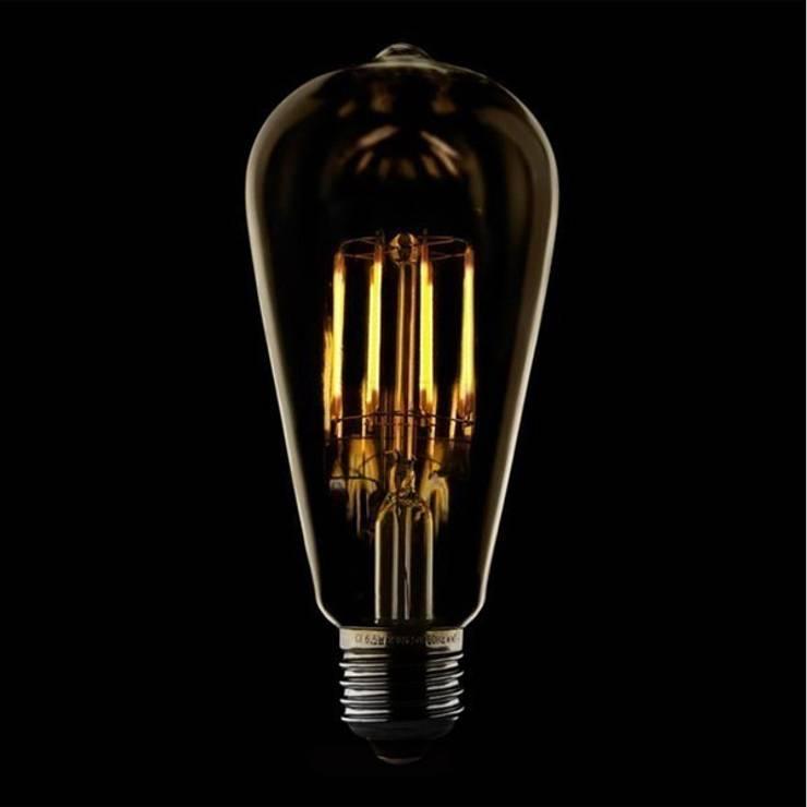 Lampada LED Filamento: Sala de estar  por Volani - Lighting Designs, Lda