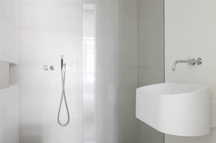 Glasvlies Behang Badkamer : Ja het is mogelijk behang in de badkamer