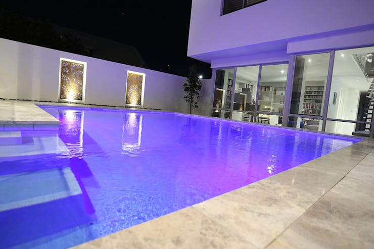 Finished Homes:  Pool by New Home Building Brokers