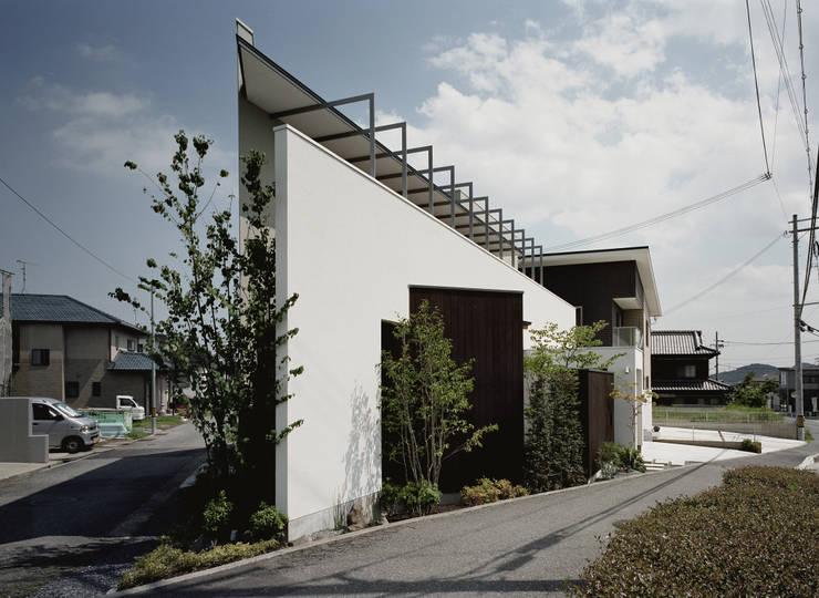 Vector(ベクトル): 和泉屋勘兵衛建築デザイン室が手掛けた家です。