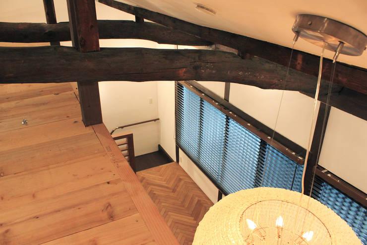 京都下京・築60年の家改修: あお建築設計が手掛けたクラシックです。,クラシック