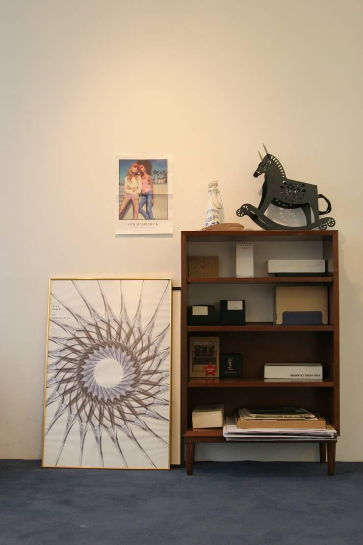 로미목마 스탠드: 까사라이트의  드레싱 룸