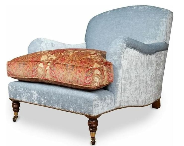 Bespoke Chairs: classic Living room by The Bespoke Chair Company