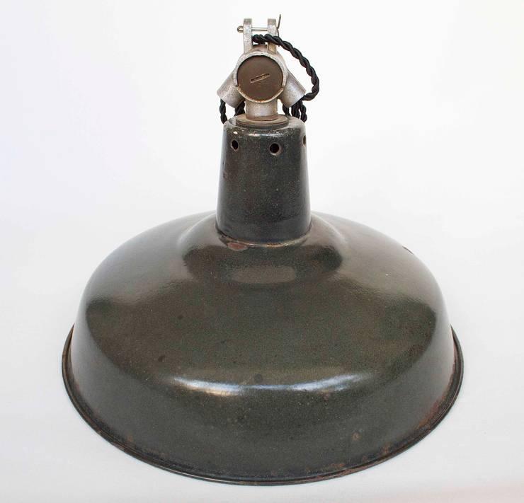 Lámpara Industrial: Estudio de estilo  de NORTH SWEET