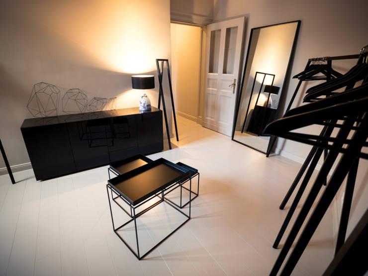 Maison // Ankleide:  Ankleidezimmer von Gleba + Störmer