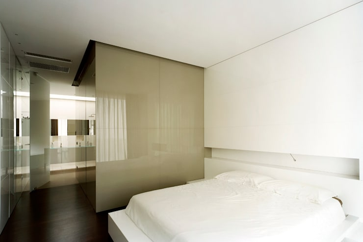 casa CMG: Camera da letto in stile in stile Moderno di Massimo Zanelli architetto