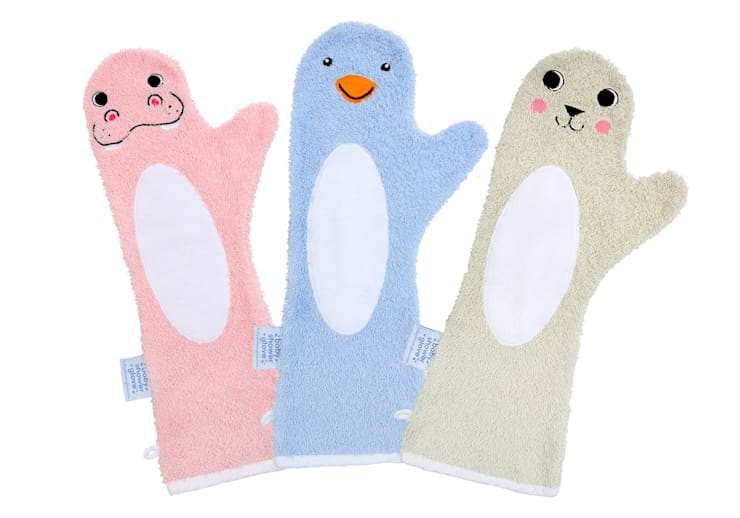 Baby Shower Glove™:   door Invented 4 Kids™