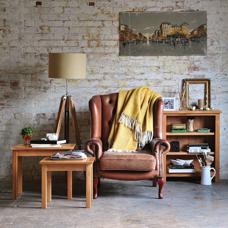 Sterling Oak Nest of Tables: country Living room by The Cotswold Company