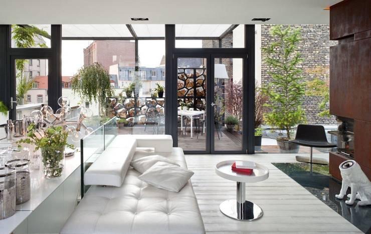 Living in a Box - Wohnbereich:  Wohnzimmer von Raumfreiheit