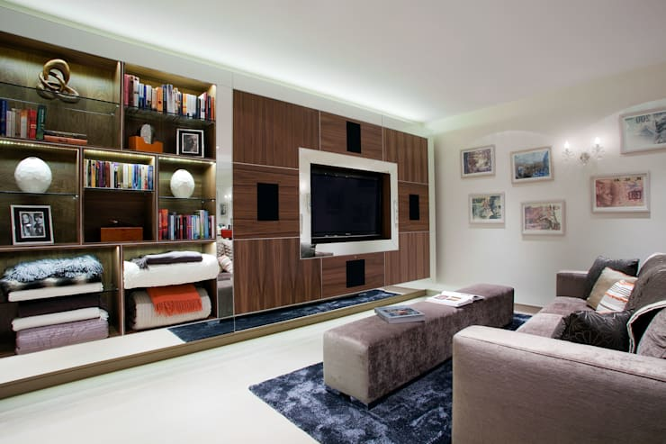 Media Room:  Media room by RBD Architecture & Interiors