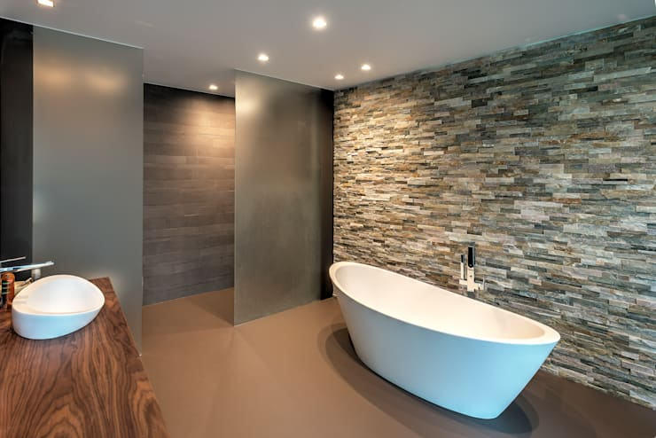 modern Bathroom by Coenen Sättele Architecten