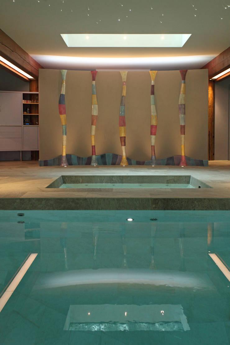 Cambridge:  Pool by Alex Zdankowicz Ceramics