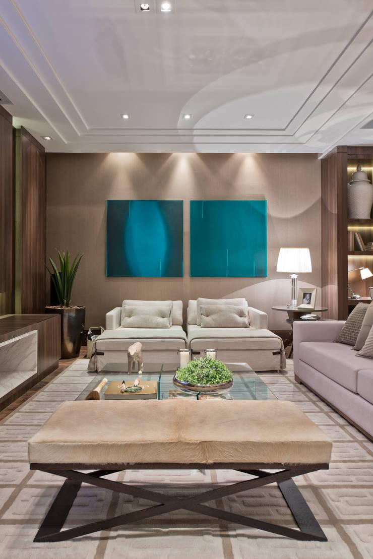 Estar Íntimo: Salas de estar  por Viviane Loyola Arquitetura e Interiores