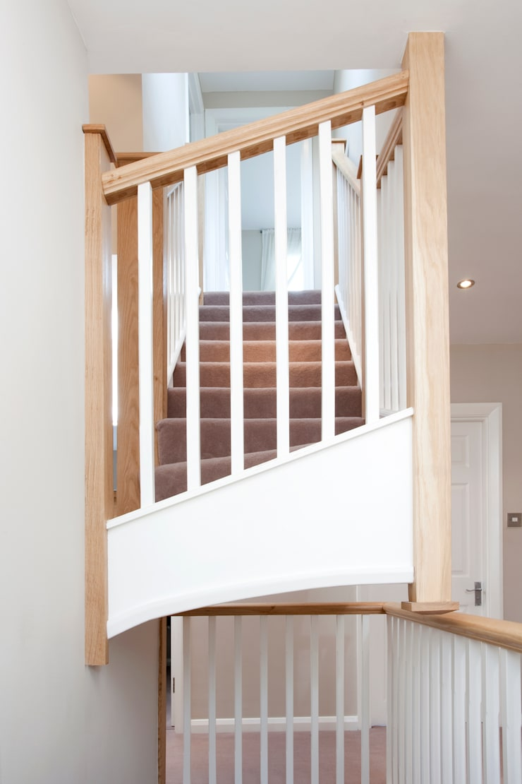 Wimbledon Loft Conversion :  Corridor, hallway & stairs by A1 Lofts and Extensions
