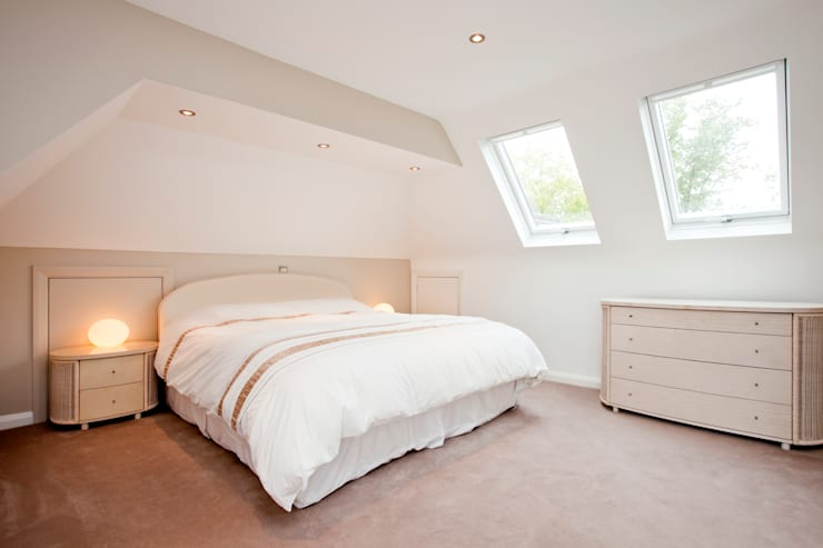 Wimbledon Loft Conversion : country Bedroom by A1 Lofts and Extensions