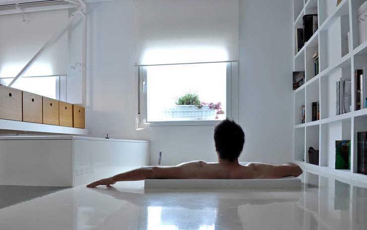 Bagno in stile  di 2G.arquitectos