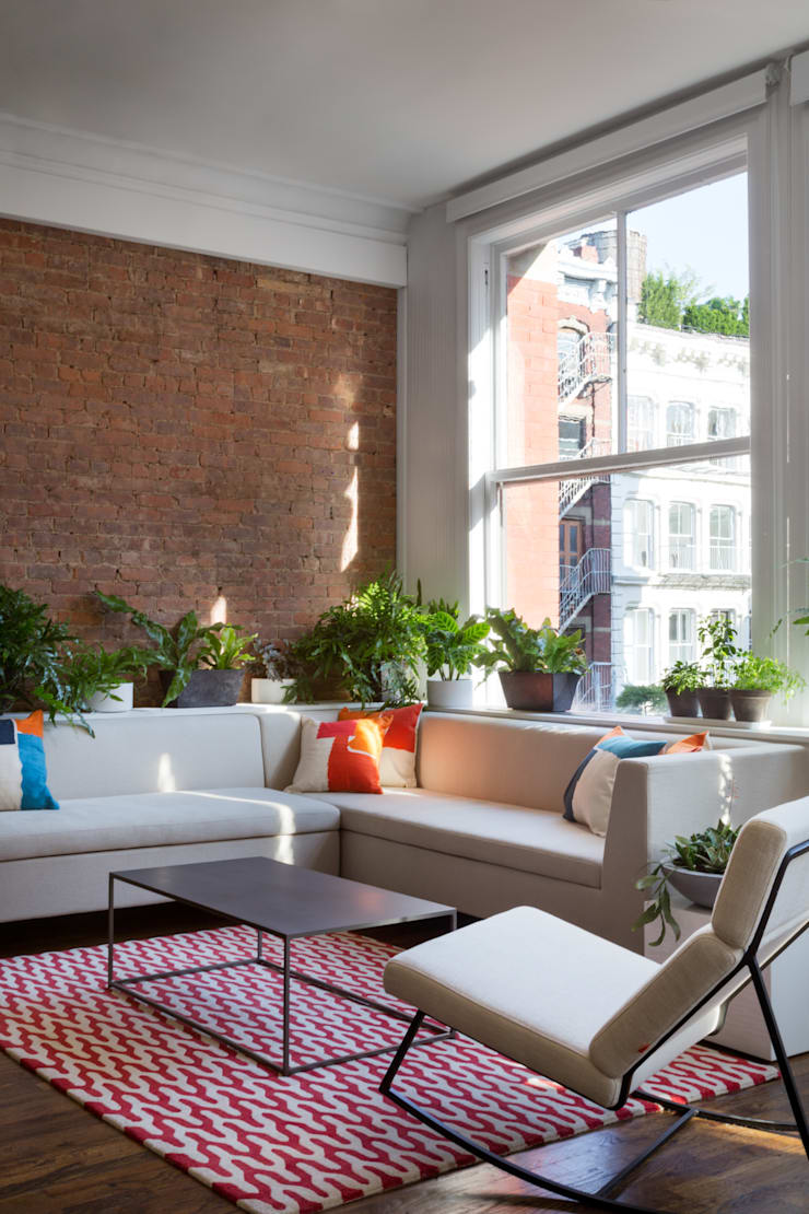 Soho Startup:  Living room by General Assembly