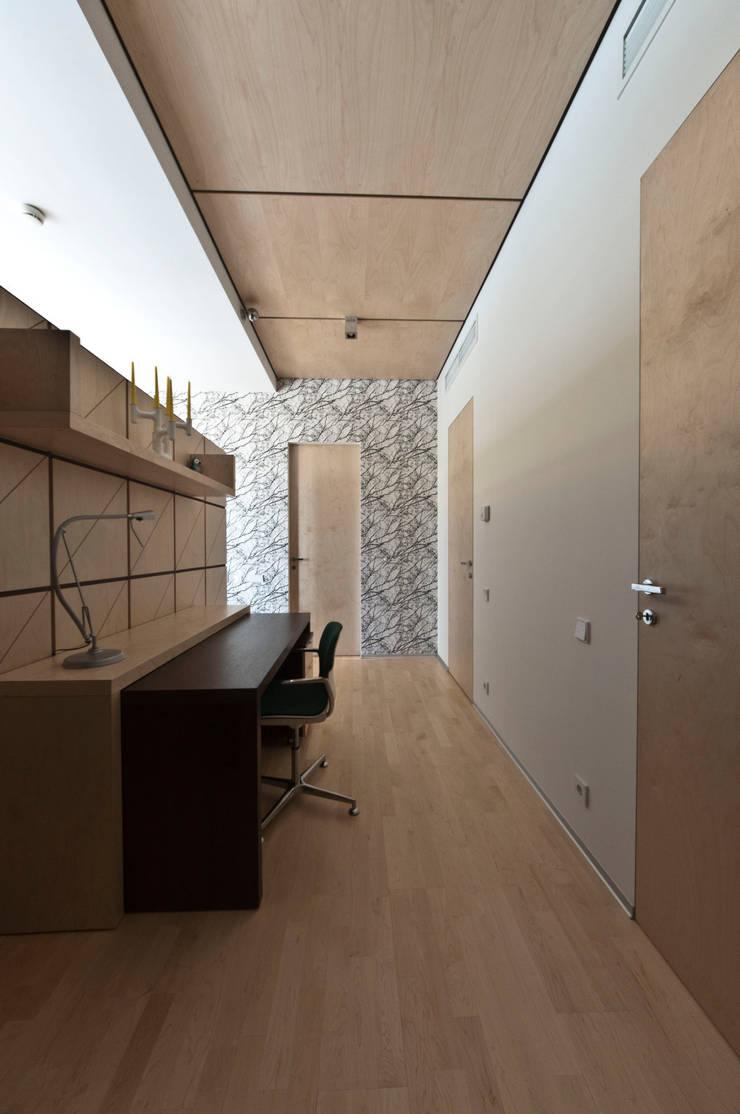 Апартаменты в  <q>Москва Сити</q>.: Рабочие кабинеты в . Автор – Tedderson, Скандинавский