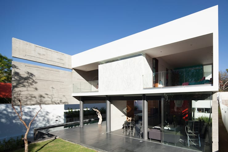 Houses by Echauri Morales Arquitectos