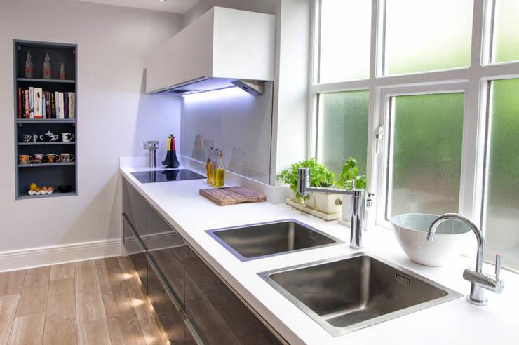 Cocinas de estilo  por Haus12 Interiors