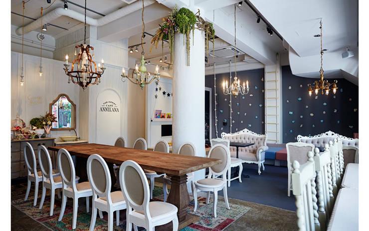 INTERIOR/4: BaNANA OFFICE INC.が手掛けたレストランです。