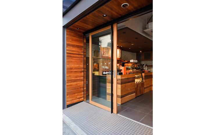 FACDE/2: BaNANA OFFICE INC.が手掛けたオフィススペース&店です。