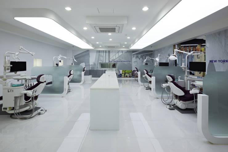 New York Smile Dental Clinic: (주)유이디자인의  병원