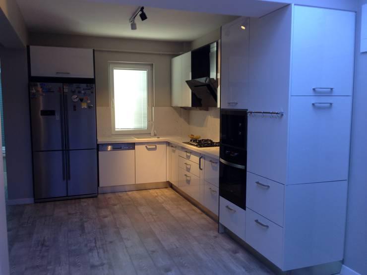 Vizyon mimarlık ve Dekorasyon – M.Ö Evi: modern tarz Mutfak