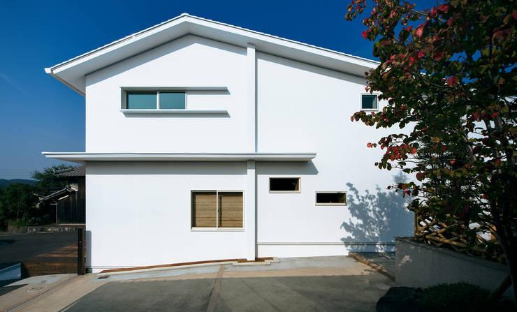 押部谷の家 東面の外観: 株式会社seki.designが手掛けた家です。