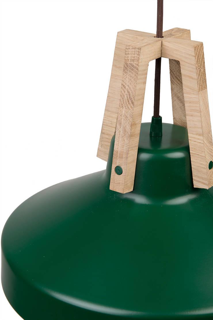Lampa Work zielona: styl , w kategorii Domowe biuro i gabinet zaprojektowany przez LoftYou