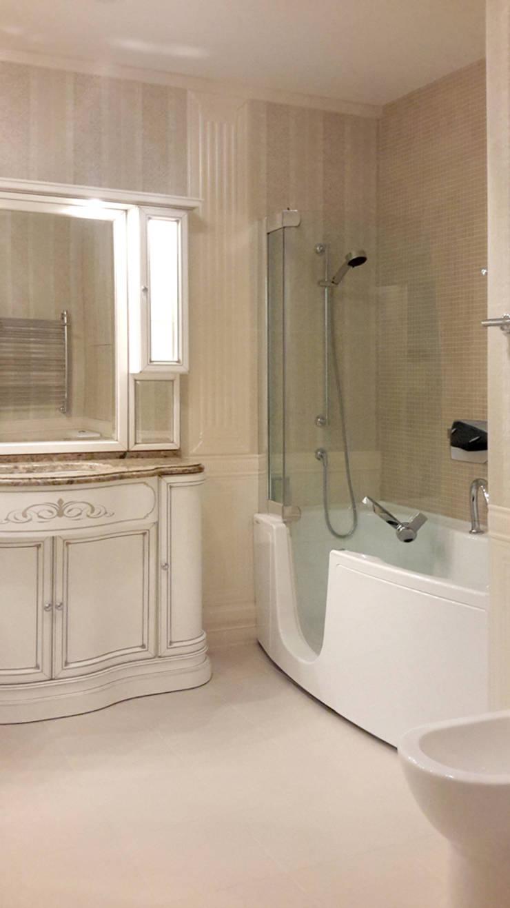 ванная комната:  в . Автор – Okeydesign студия интерьера Елены Кабиной