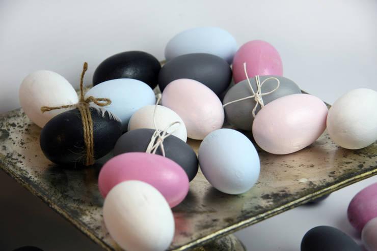 Jajka na paterze8: styl , w kategorii Salon zaprojektowany przez Grin House Design s.c.