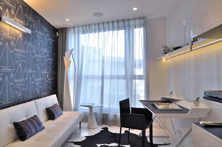 Sea Towers Apartment: styl , w kategorii Domowe biuro i gabinet zaprojektowany przez Minsterstwo Spraw We Wnętrzach