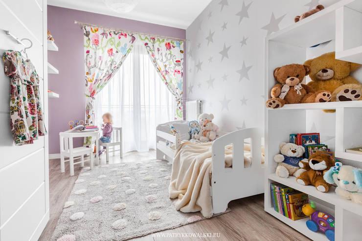 Pokój dziecka: styl , w kategorii  zaprojektowany przez Patryk Kowalski Architektura i projektowanie wnętrz
