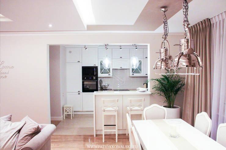 Kuchnia: styl , w kategorii  zaprojektowany przez Patryk Kowalski Architektura i projektowanie wnętrz,Klasyczny