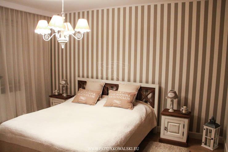 Sypialnia: styl , w kategorii  zaprojektowany przez Patryk Kowalski Architektura i projektowanie wnętrz,Klasyczny