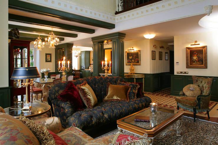 Гостиная: Гостиная в . Автор – DECORA