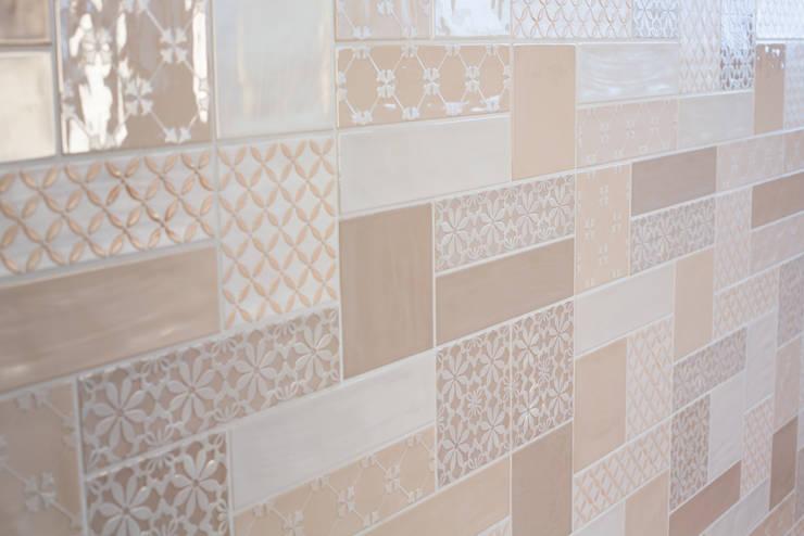Quintessenza - Genesi26:  Muren & vloeren door Spadon Agenturen