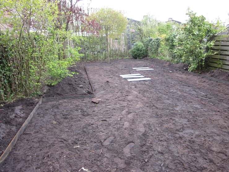 Renovatie achtertuin:  Tuin door Van Dijk Tuinen Groningen