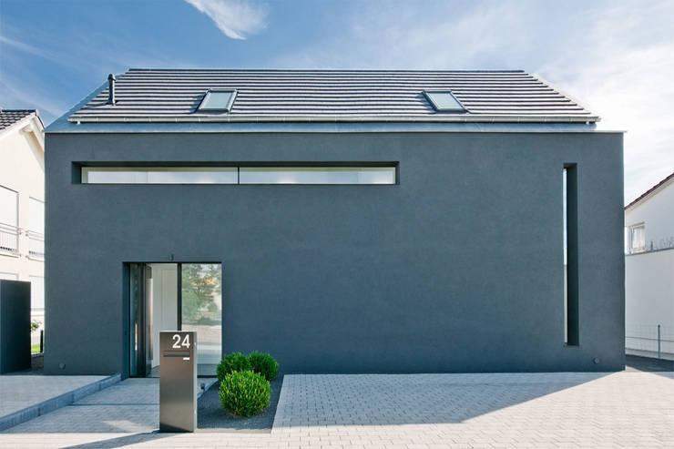 Haus K in Friedrichstal:  Häuser von Thomas Fabrinsky Dipl.-Ing. Freier Architekt BDA