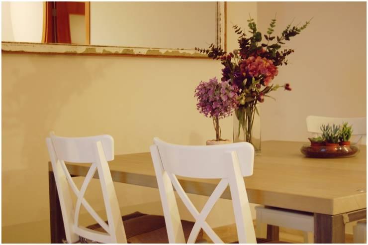 Tostado: Comedores de estilo  de Cardellach Interior & Events