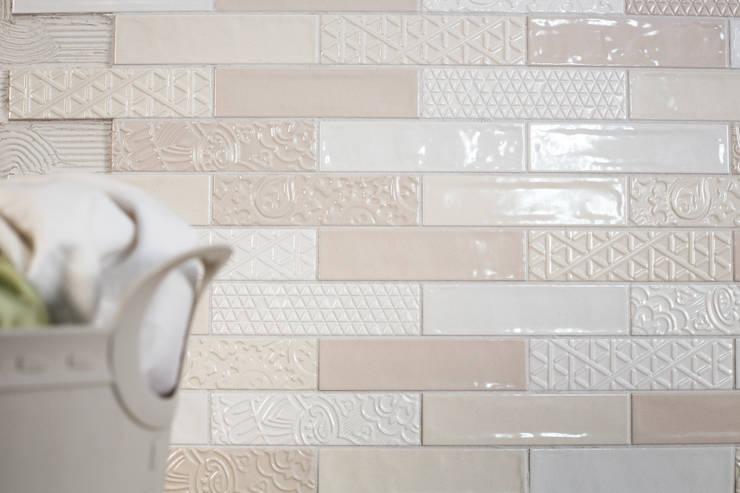 Quintessenza - Memento:  Muren & vloeren door Spadon Agenturen