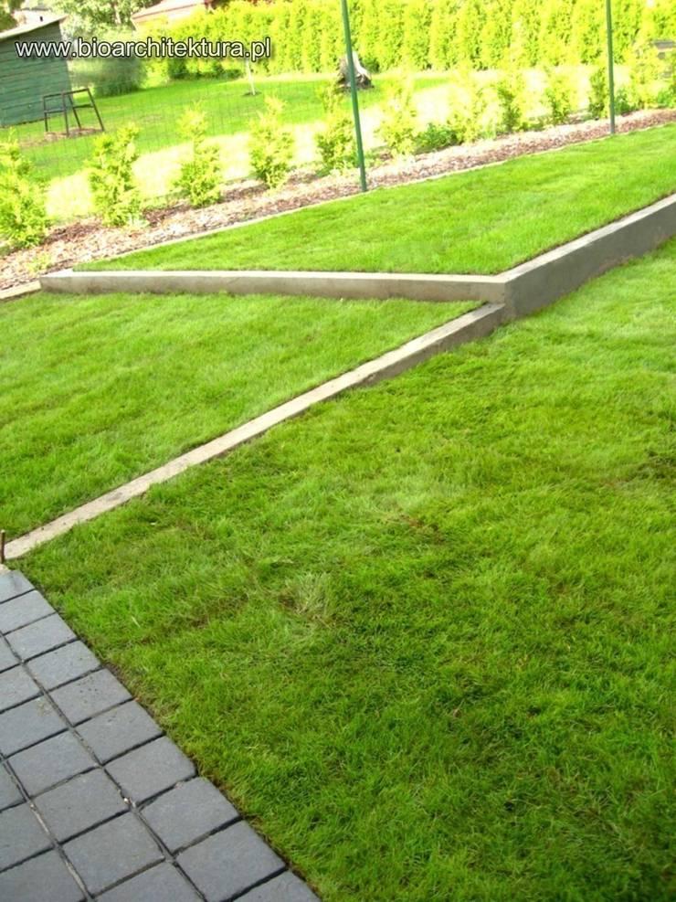 Jardines de estilo  por Bioarchitektura  - Ogrody, Krajobraz, Zieleń we wnętrzach