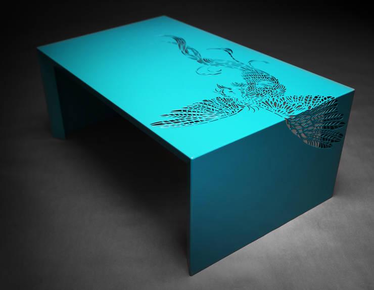 Paradise Table • Salontafel • Turquoise - • coffee table :  Woonkamer door ontwerpstudio Roi de Bruijn