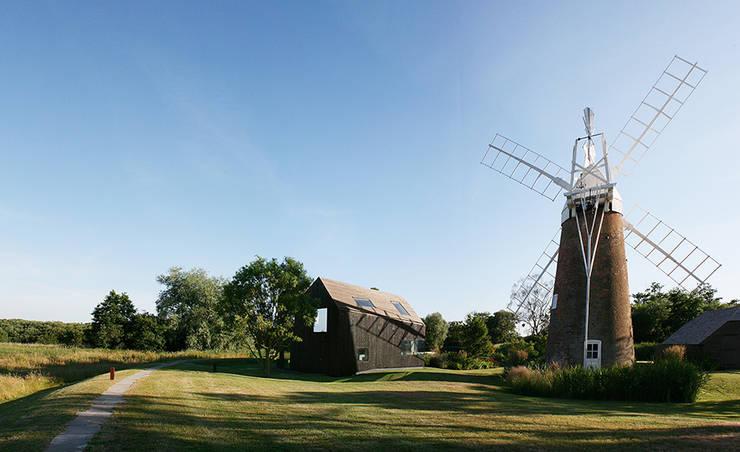 Hunsett Mill:  Garden by ACME