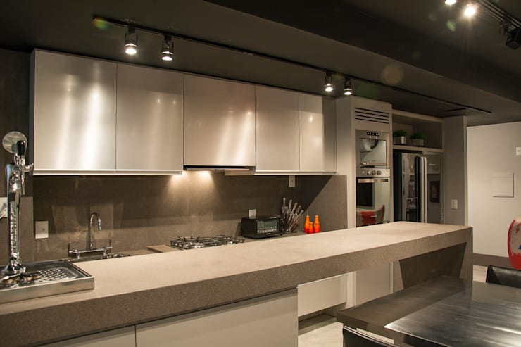 Loft jovem solteiro: Cozinhas  por Leticia Sá Arquitetos