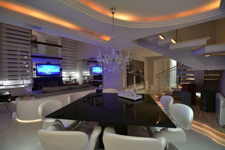 Recanto ao natural: Salas de jantar  por Paulinho Peres Group