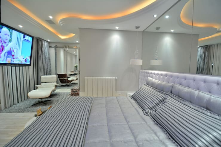 Bedroom by Paulinho Peres Group